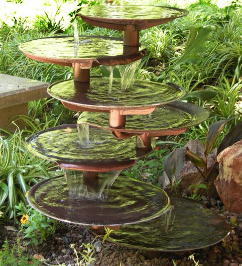 Fuentes jardin jardines japoneses esta hermosa fuente la for Peces para fuente exterior