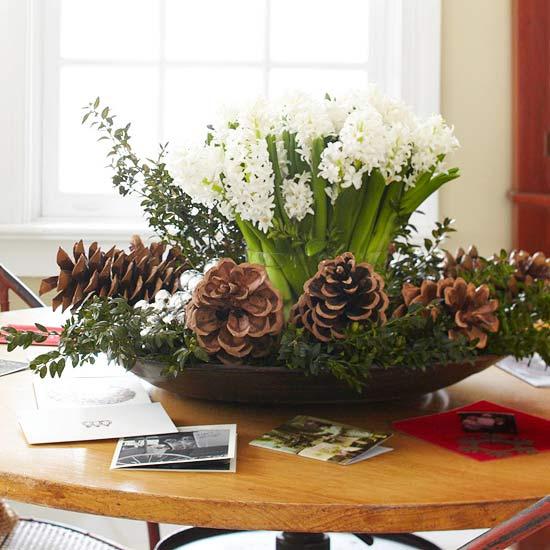 las flores secas siempre se vern bien como centro de mesa y lo mejor es que al hacer nosotros mismos nuestro propio arreglo nos ahorramos un buen dinero