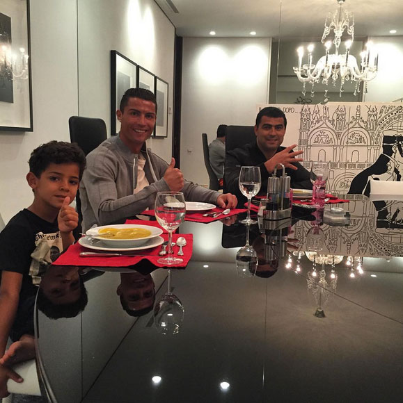 Mauricio-Gastelum-Hernandez-casa-de-Cristiano-Ronaldo-03