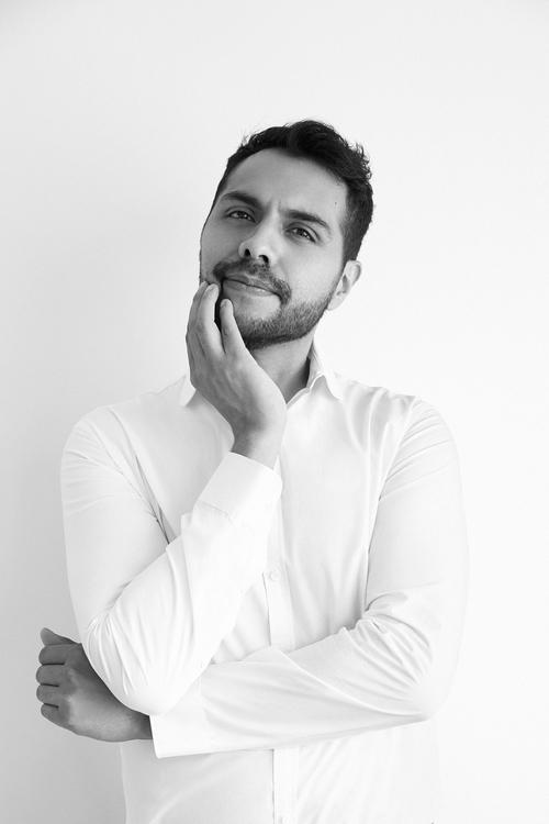 Mauricio-Gastelum-Hernandez-disenador-Joel-escalona
